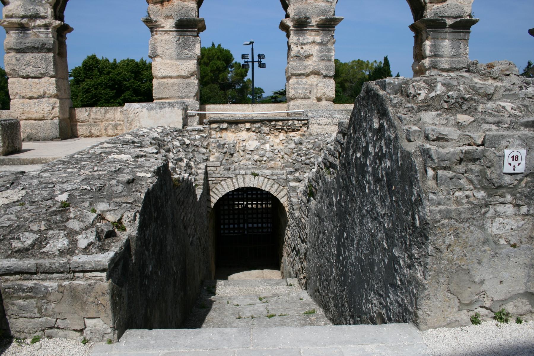 9-Pula-Kolosseum-8